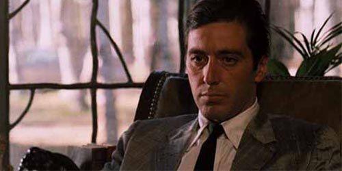 c90cf0339e00d La mirada de Michael Corleone - El Café de la Lluvia